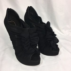 """Chinese Laundry Haylie 5"""" Heels Size 7M"""